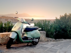 Scooter at Lindion sunrise